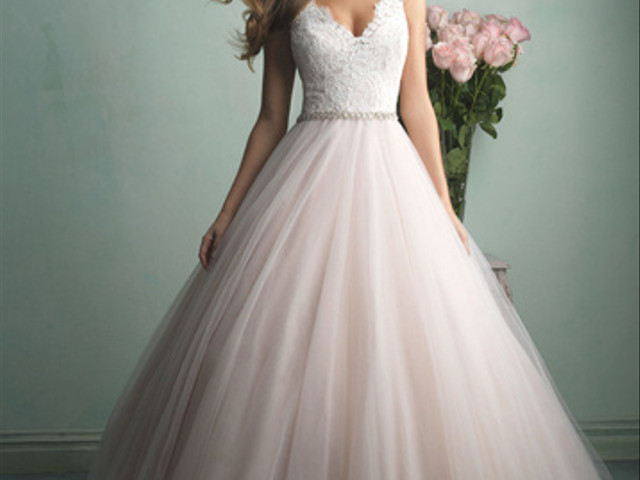 10 Ball Gown Dresses