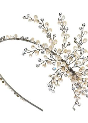 R. Pearl and crystal side tiara, Disgraceful Grace