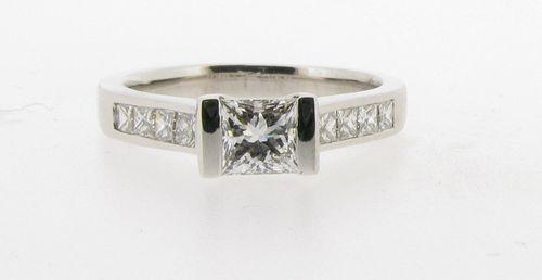ER435, Voltaire Diamonds