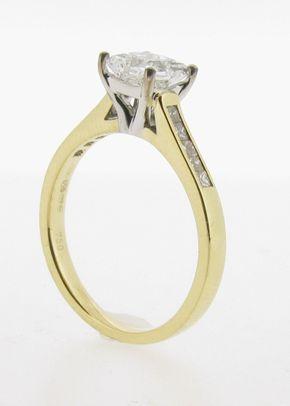 ER443b, Voltaire Diamonds