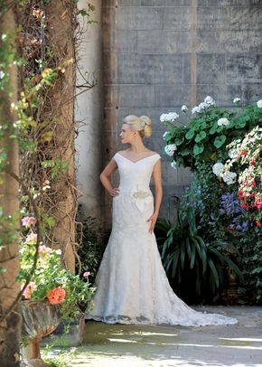 Genevive - Romance Collection, Ivory & Co Bridal