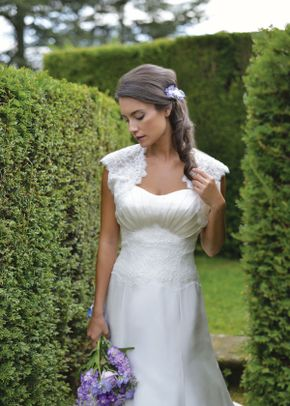 Delphinia (2), Ivory & Co Bridal