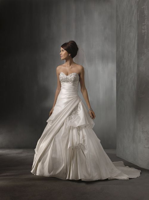 2262, Alfred Angelo