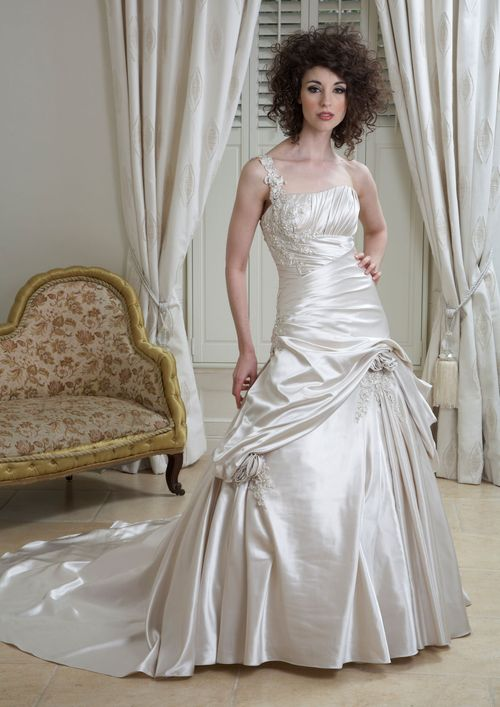 D4007, Eternity Bride