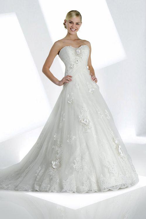 10073, IMPRESSION Bridal
