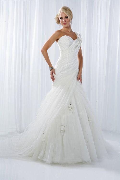 10084, IMPRESSION Bridal