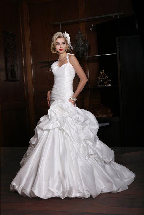 10129, IMPRESSION Bridal
