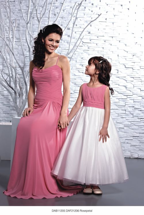 DAB11205/DAF21206 Rosepetal, DZage Bridemaids