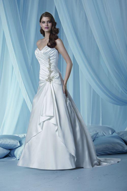 3013, IMPRESSION Bridal