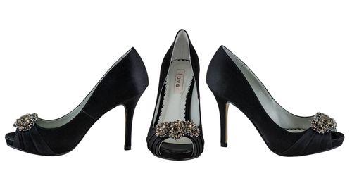 Petunia, Enzoani Love Shoes