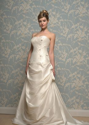 R618, White Rose Bridal