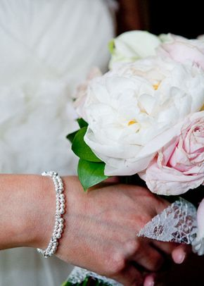 Scalloped Pearl Bracelet, Rangoli