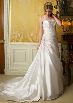 2252, Gorgeous with Curves