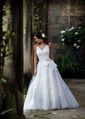 R517, White Rose Bridal