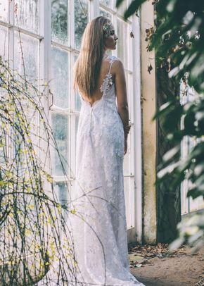 Faye, Mon Cheri Bridals