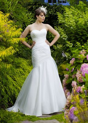 Sandra by Nicole Jackson, Berketex Bride