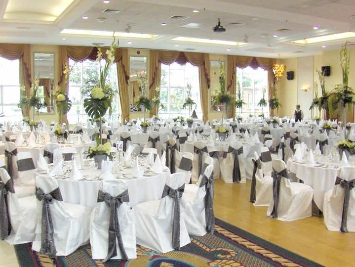 The Tara Suite dressed for a wedding