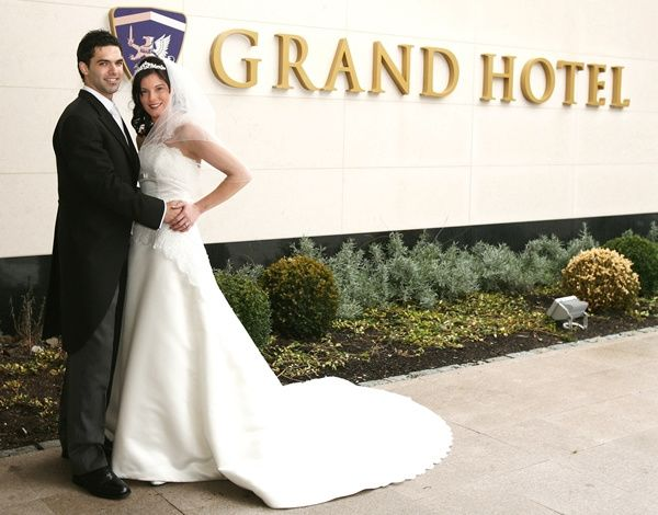Grand Hotel, Bride and Groom
