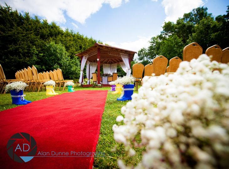 Hotel Garden Ceremony
