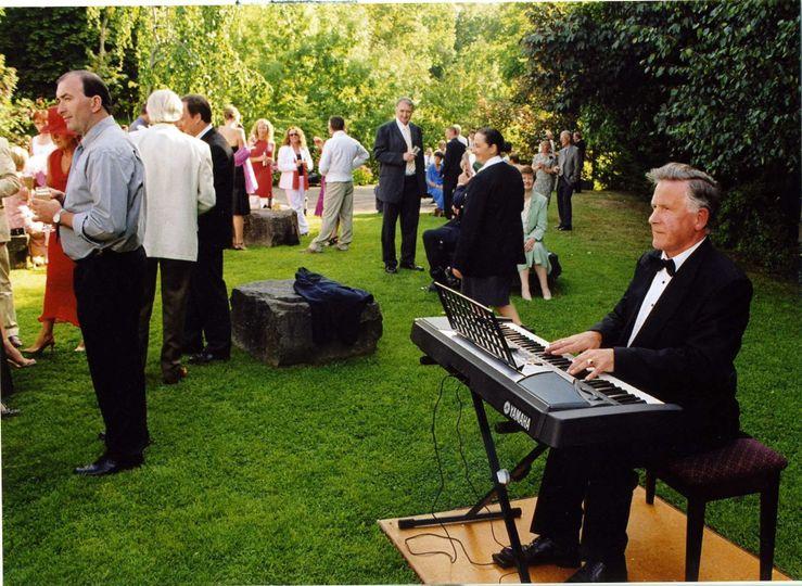 Outdoor Wedding drinks reception