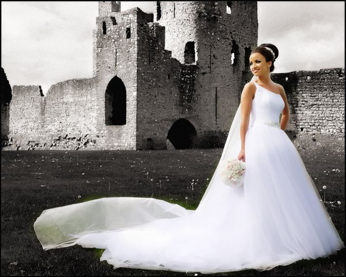 Castle Pic with Bride