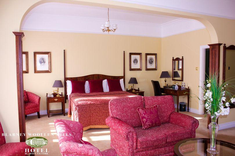 Blarney Woollen Mills Hotel 8