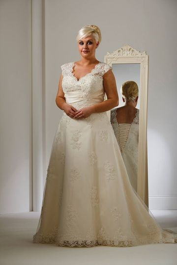 bridalwear shop sharon grego 2015040801143502717066