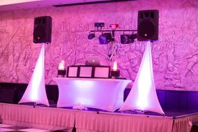 INNOVATIVE DJs & UPLIGHTING