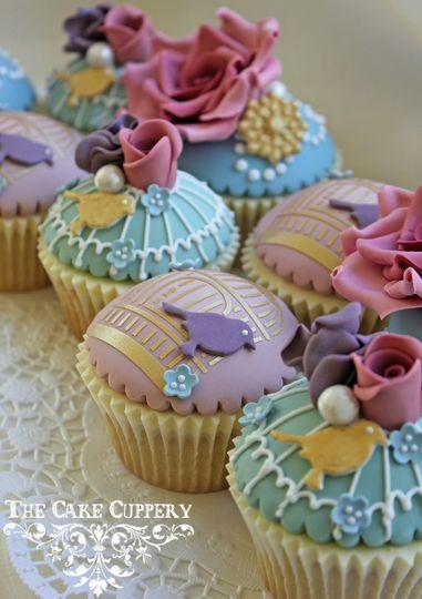 Vintage Garden Cupcakes