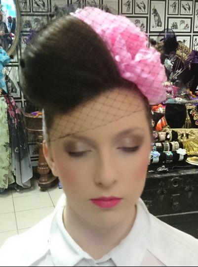 Beauty, Hair & Make Up Signature Make-Up Artistry 21