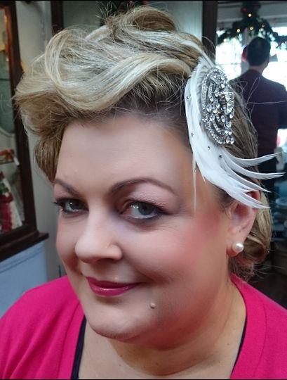 Beauty, Hair & Make Up Signature Make-Up Artistry 25