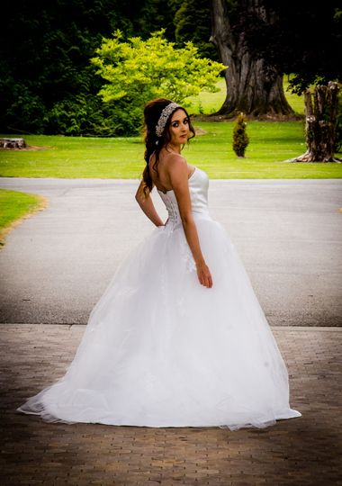 Bridalwear Shop Runaway Bride 7