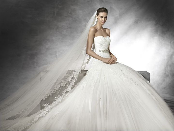 Bridalwear Shop Rosemantique 18