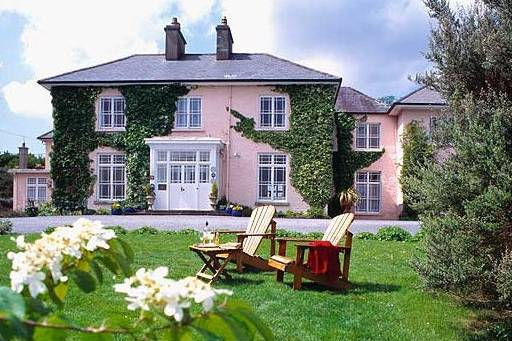 Rosleague Manor