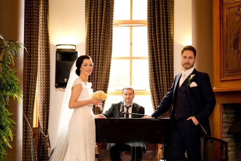 Wedding Piano Singer Ireland,  Ceremony and Drinks Reception
